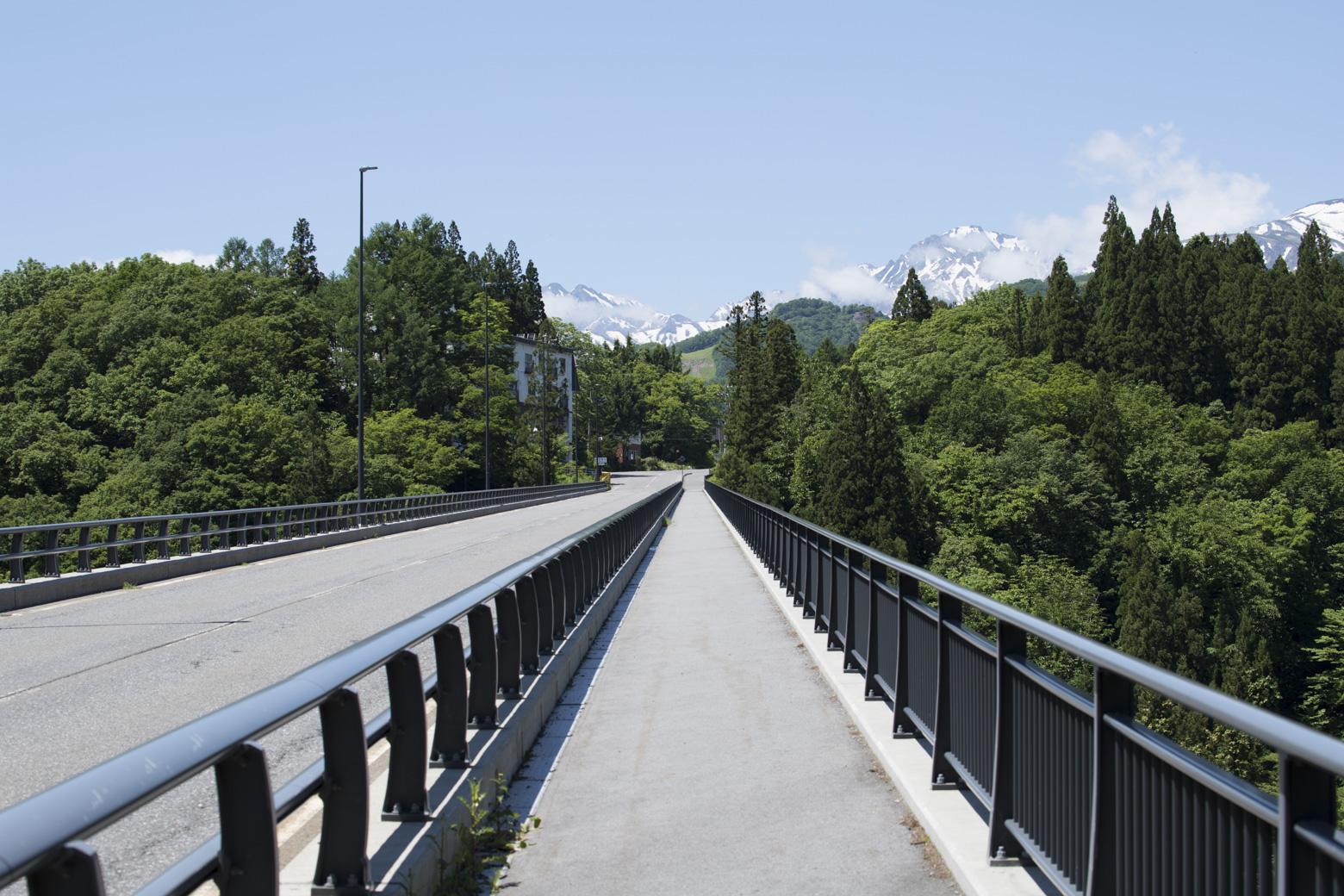 栂池パノラマ大橋