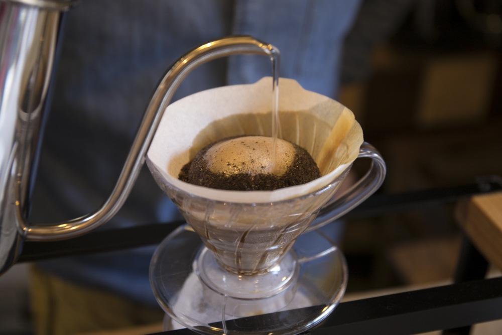 コーヒーはすべてハンドドリップ