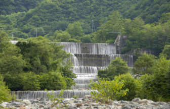 白馬村平川の砂防ダム
